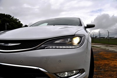 2015 Chrysler 200C V6 33