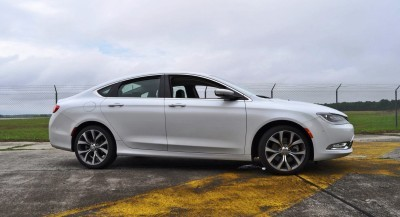 2015 Chrysler 200C V6 34