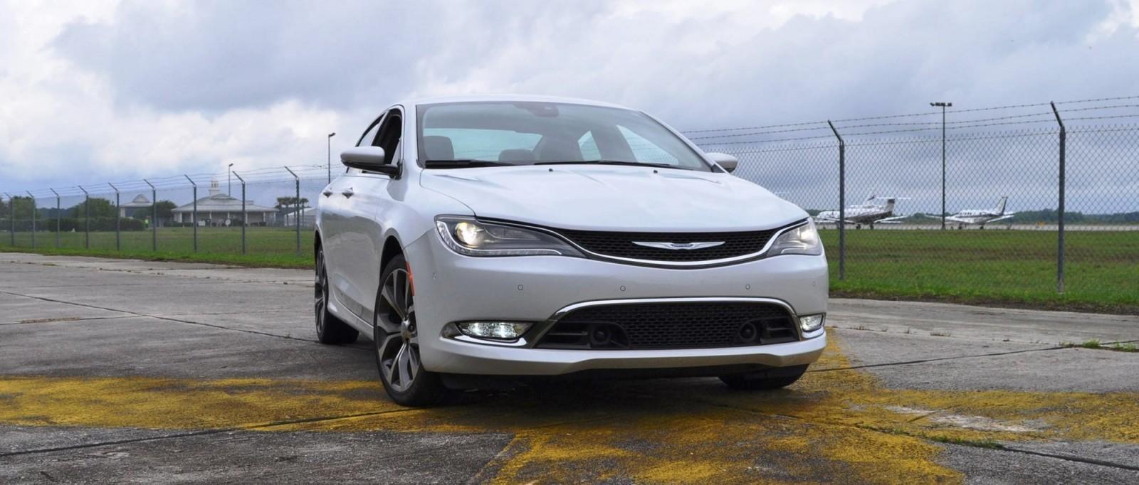 2015 Chrysler 200C V6 38