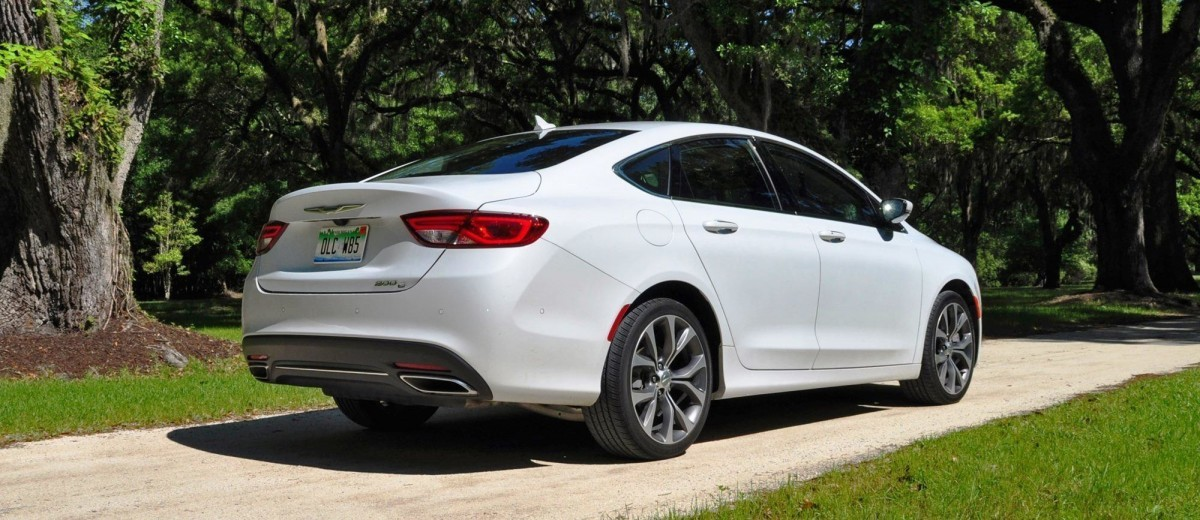 2015 Chrysler 200C V6 51