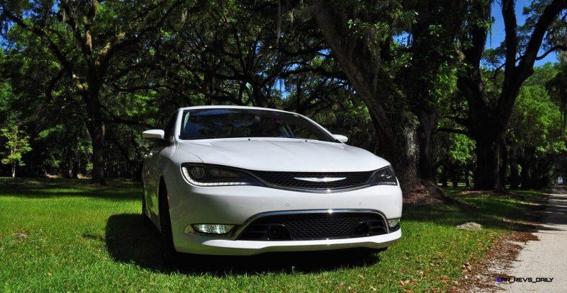 2015 Chrysler 200C V6 61