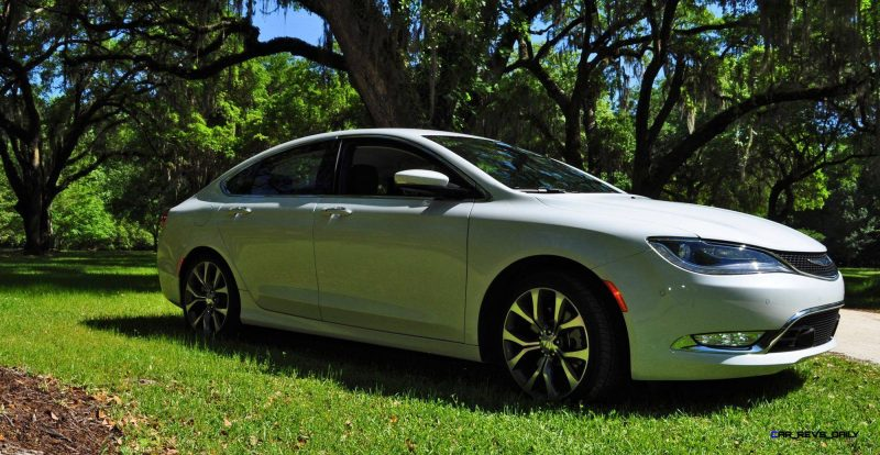 2015 Chrysler 200C V6 64