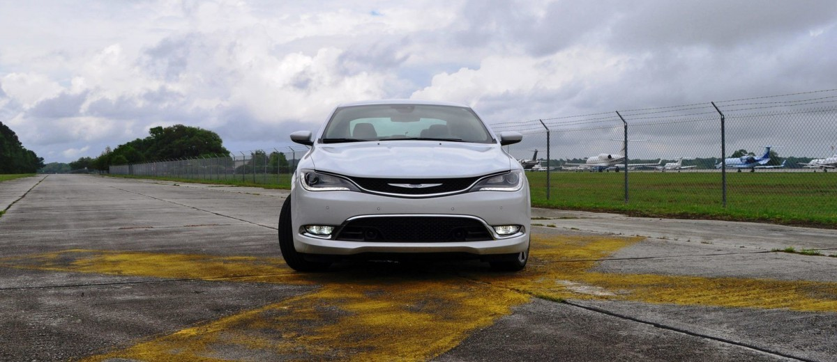 2015 Chrysler 200C V6 9