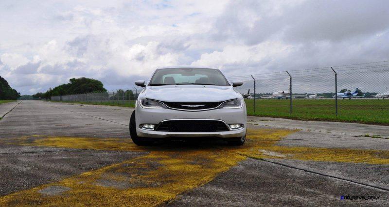 2015 Chrysler 200C V6 9