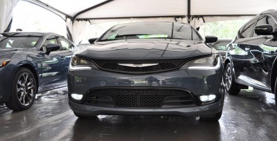2015 Chrysler 200S Ceramic Blue 11