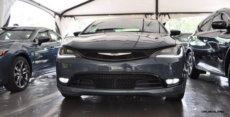 2015 Chrysler 200S Ceramic Blue 11