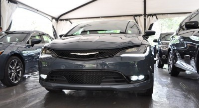 2015 Chrysler 200S Ceramic Blue 14