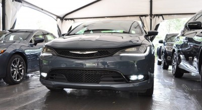 2015 Chrysler 200S Ceramic Blue 15