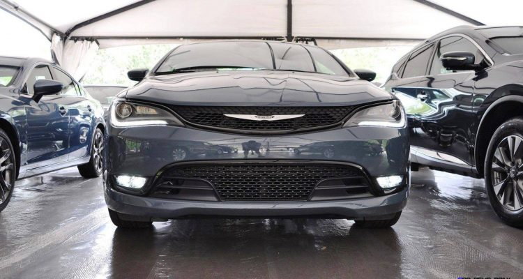 2015 Chrysler 200S Ceramic Blue 2