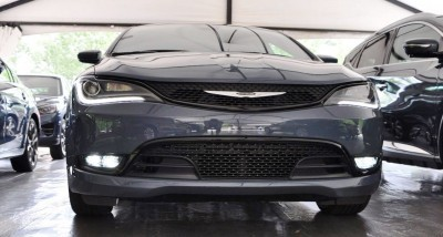 2015 Chrysler 200S Ceramic Blue 3