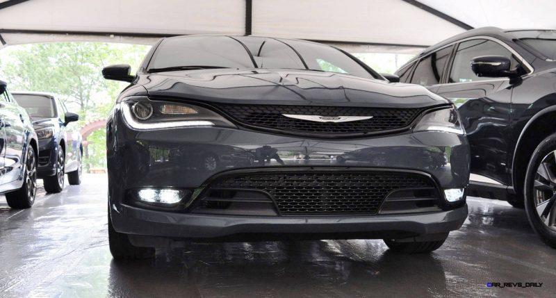 2015 Chrysler 200S Ceramic Blue 6