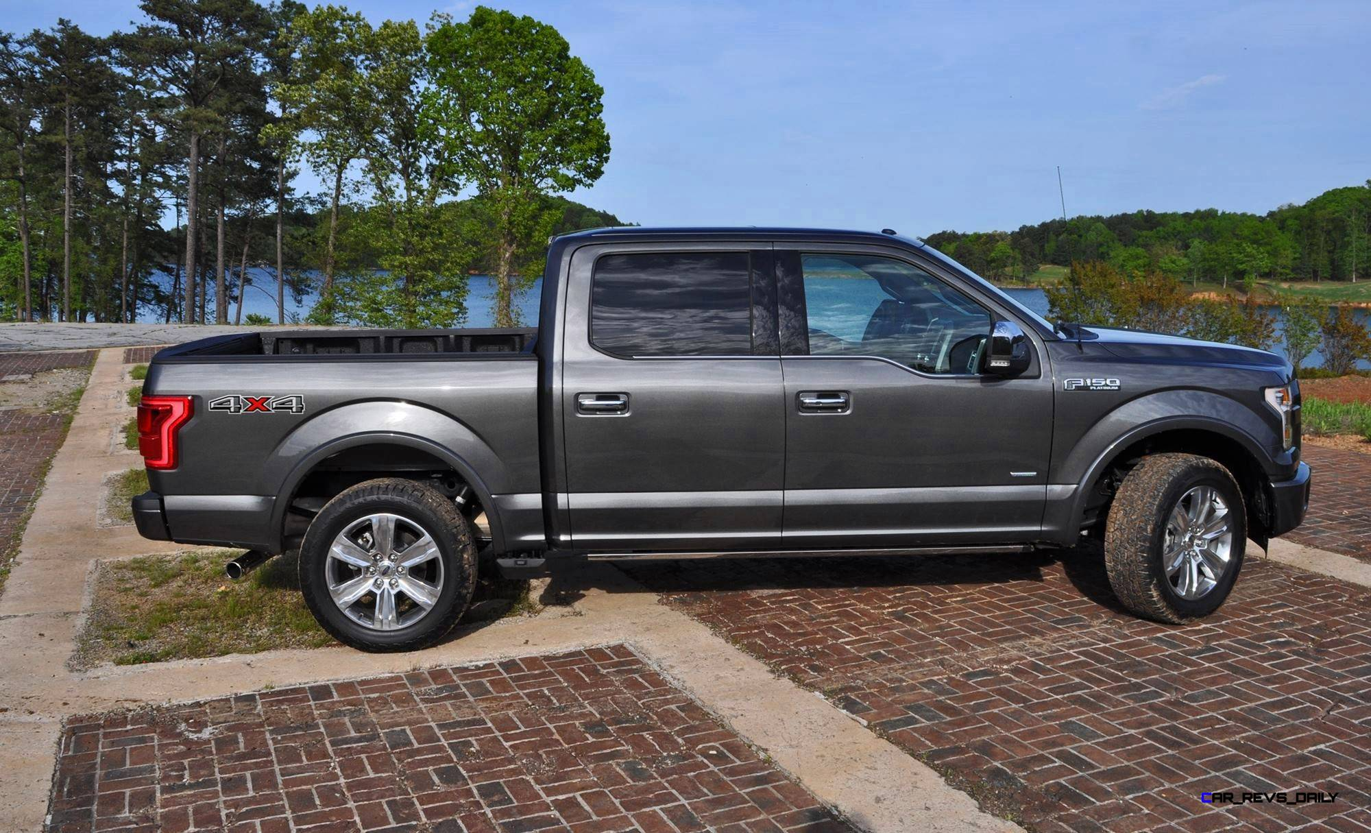 f150 ecoboost vs autos weblog. Black Bedroom Furniture Sets. Home Design Ideas