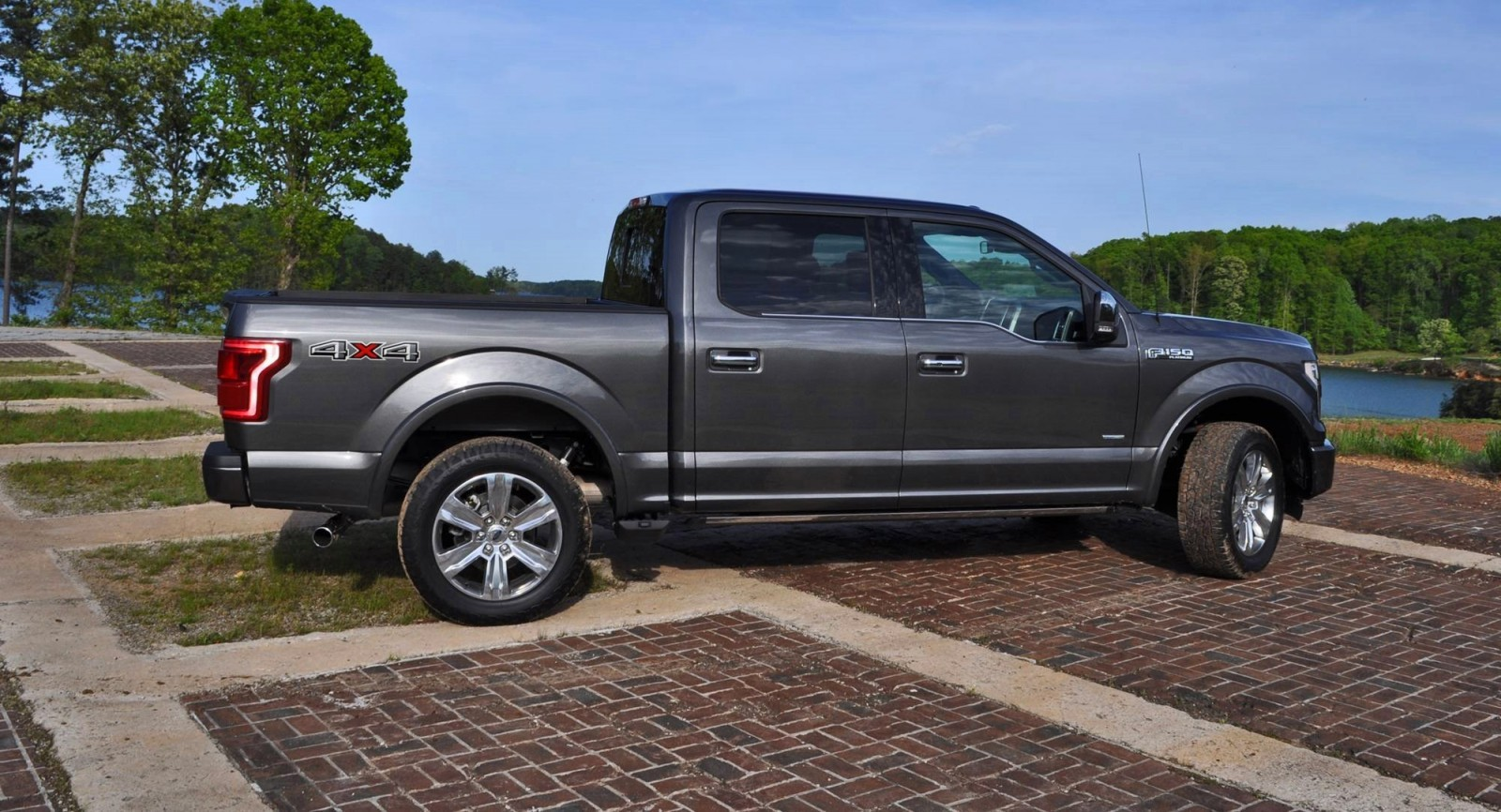 2015 ford f 150 platinum 4x4 supercrew review. Black Bedroom Furniture Sets. Home Design Ideas