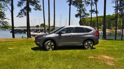 2015 Honda CR-V Touring AWD Review 18