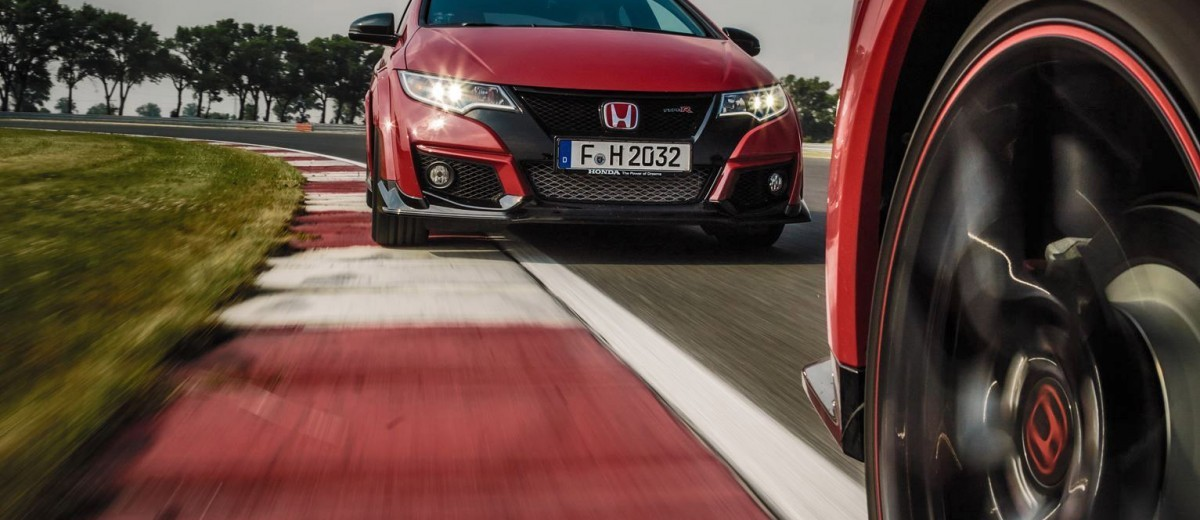 2015 Honda Civic Type R European Dynamic Launch 102