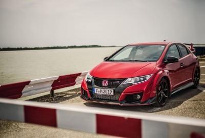 2015 Honda Civic Type R European Dynamic Launch 53