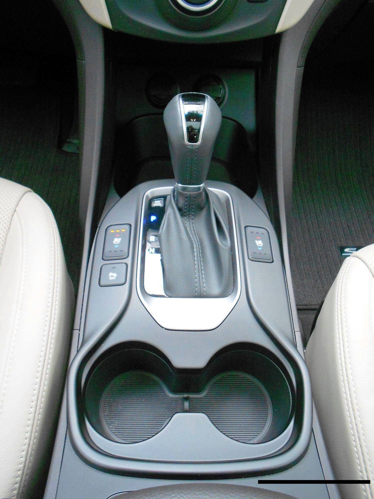 2017 Hyundai Santa Fe Ultimate Road Test Review By Tim Esterdahl 187 Car Revs Daily Com