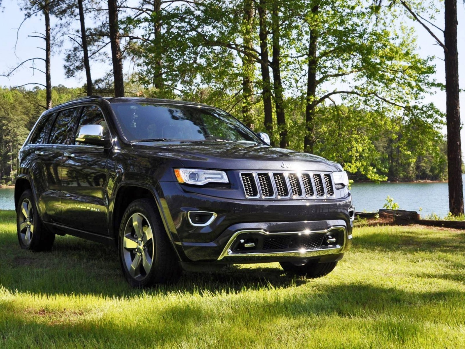2015 jeep grand cherokee ecodiesel 28. Black Bedroom Furniture Sets. Home Design Ideas