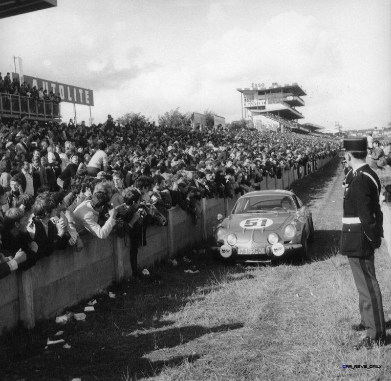 2015 Renault ALPINE Historical Photos 12