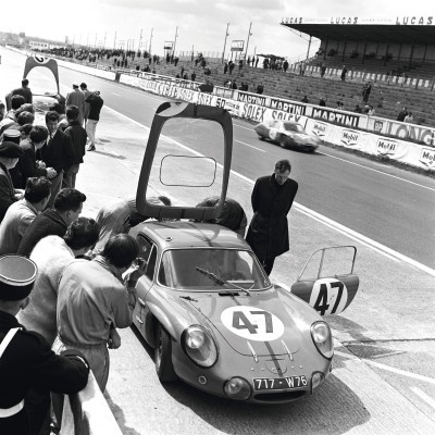 2015 Renault ALPINE Historical Photos 16