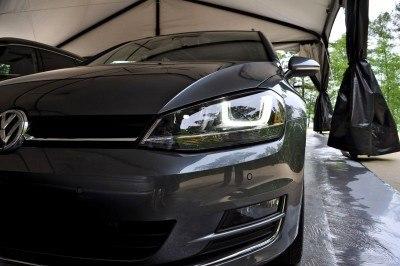 2015 VW Golf Sportwagen TDI SE 1