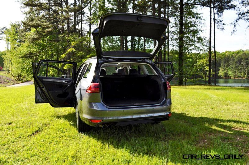2015 VW Golf Sportwagen TDI SE 11