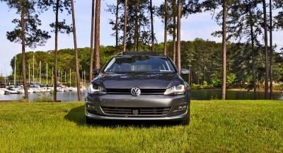 2015-VW-Golf-Sportwagen-TDI-SE-25