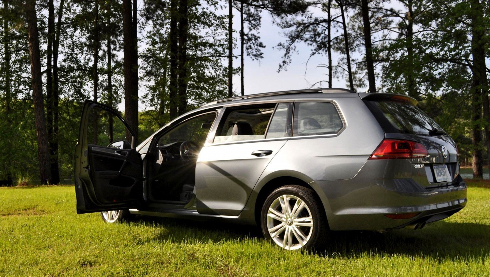 2015 vw golf sportwagen tdi se 80sff car revs. Black Bedroom Furniture Sets. Home Design Ideas