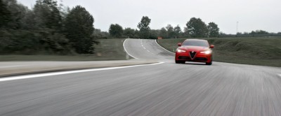 2016 Alfa Romeo Guilia Dynamic Screencaps 11
