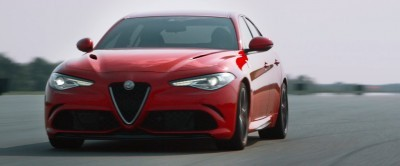 2016 Alfa Romeo Guilia Dynamic Screencaps 32