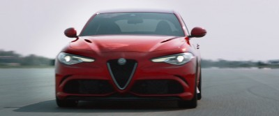 2016 Alfa Romeo Guilia Dynamic Screencaps 33