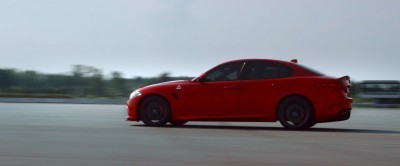 2016 Alfa Romeo Guilia Dynamic Screencaps 35