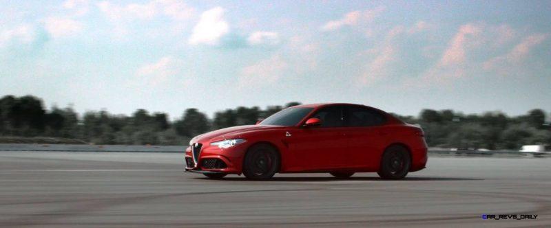 2016 Alfa Romeo Guilia Dynamic Screencaps 39