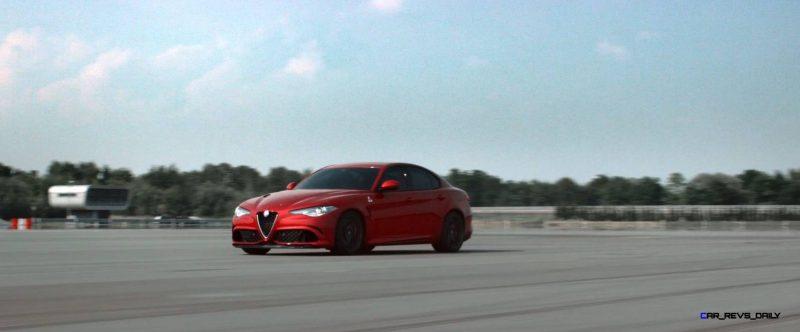 2016 Alfa Romeo Guilia Dynamic Screencaps 42