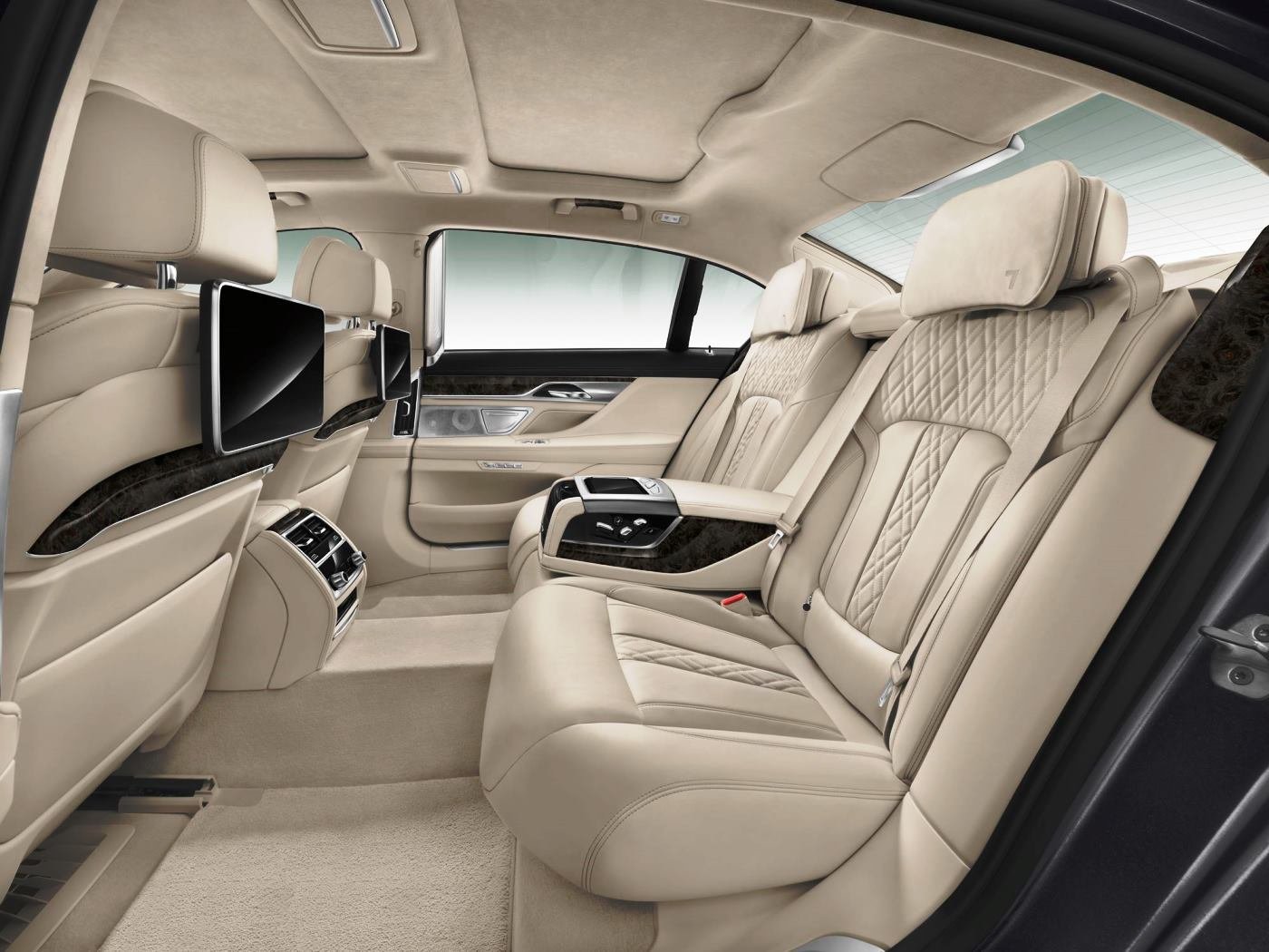 2016 BMW 7 Series Interior Photos 10