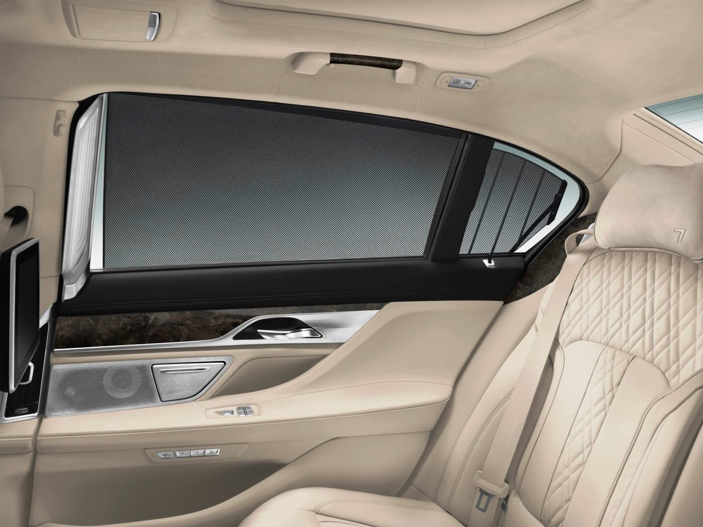 2016 BMW 7 Series Interior Photos 15