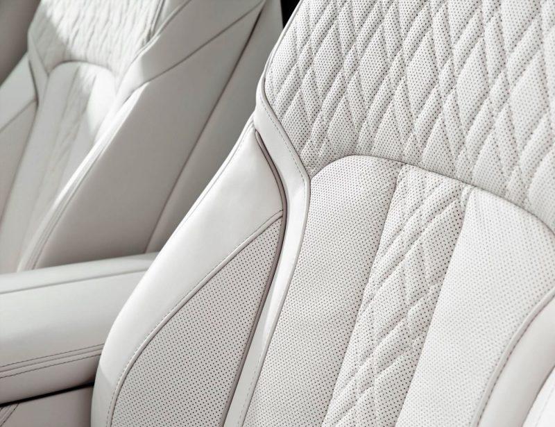 2016 BMW 7 Series Interior Photos 4