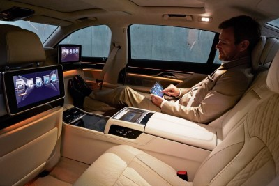 2016 BMW 7 Series Interior Photos 8