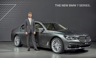 2016 BMW 7 Series Reveal 11