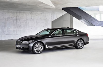 2016 BMW 750 Exterior Photos 20