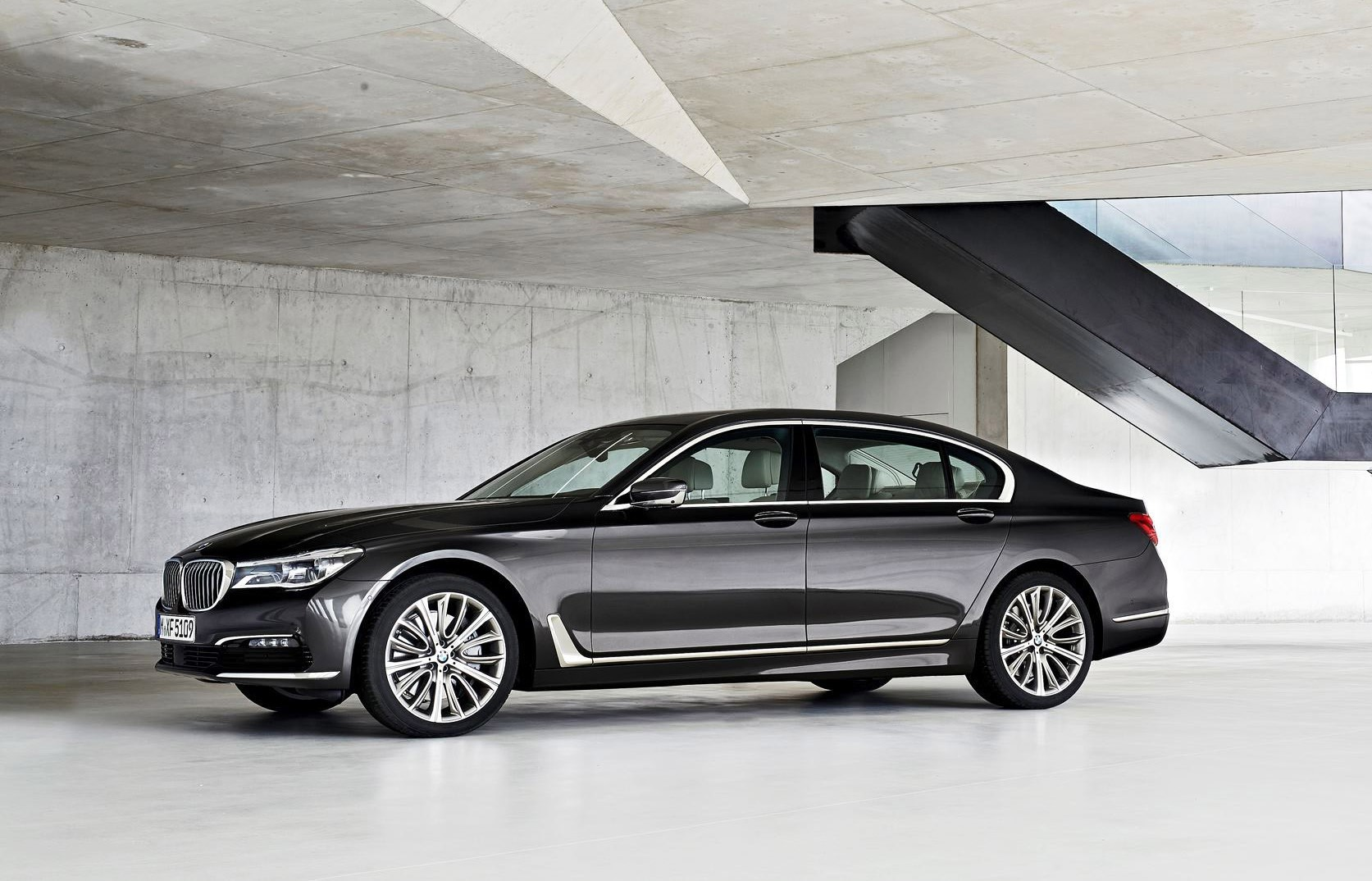 Bmw Exterior: 2016 BMW 750 Exterior Photos 21
