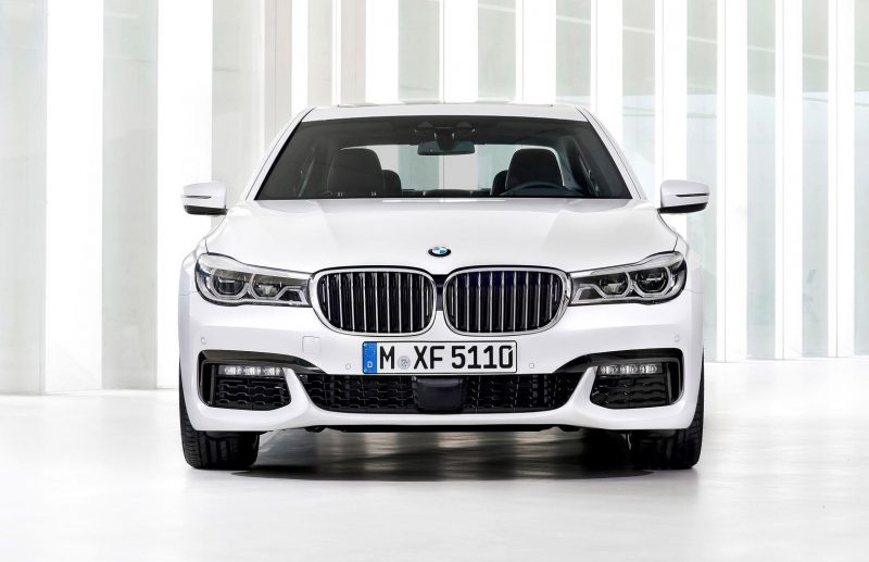 2016 BMW 750 Exterior Photos 46