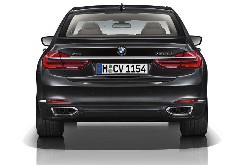 2016 BMW 750 Exterior Photos 47