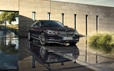 2016 BMW 750 Exterior Photos 66
