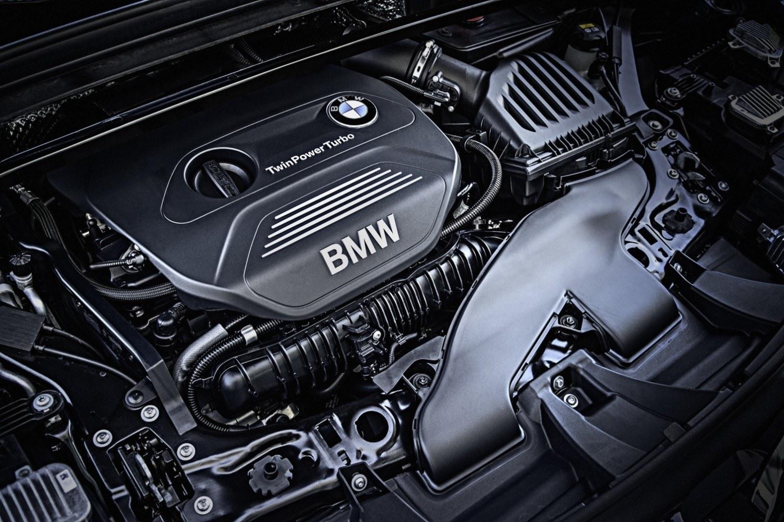 2016 BMW X1 xDrive28i 12
