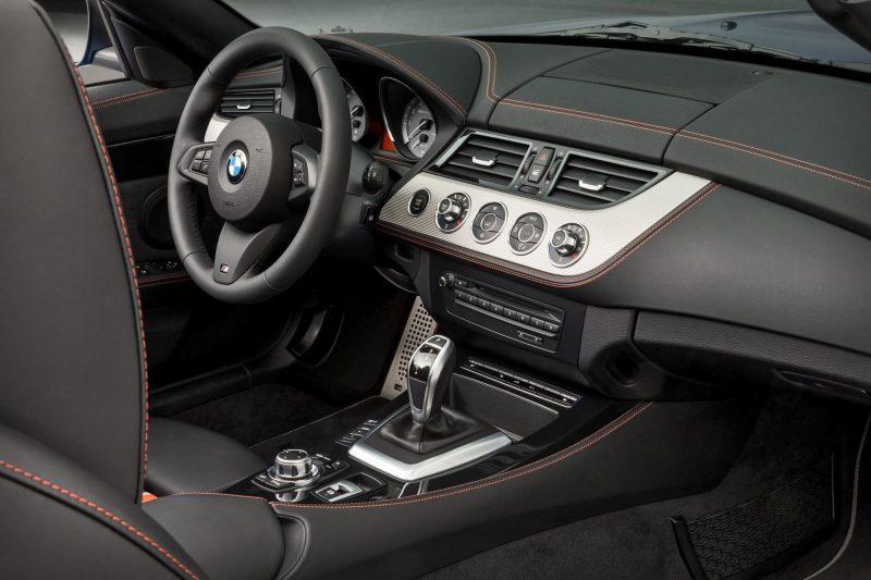 2016 BMW Z4 M Sport Estoril Blue 11