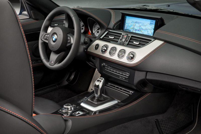 2016 BMW Z4 M Sport Estoril Blue 12