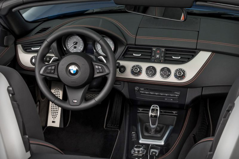 2016 BMW Z4 M Sport Estoril Blue 13