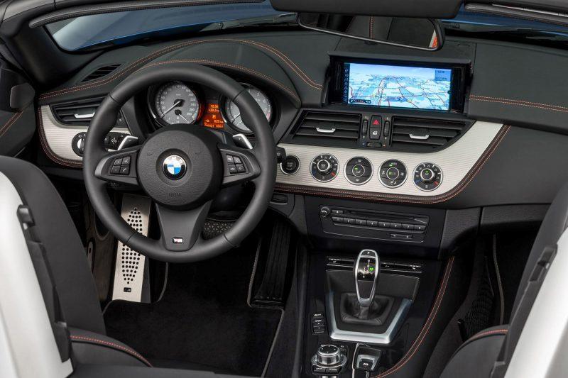 2016 BMW Z4 M Sport Estoril Blue 14