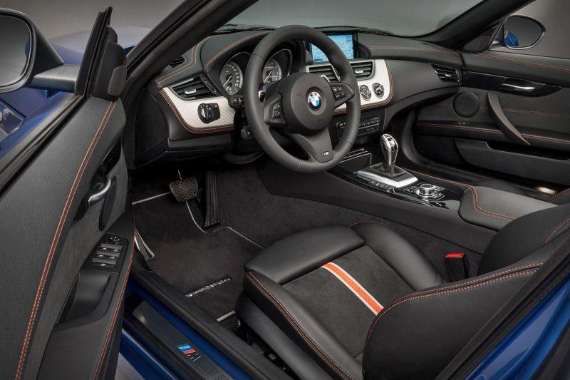 2016 BMW Z4 M Sport Estoril Blue 16